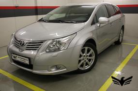 Naudoti Toyota Avensis automobiliai